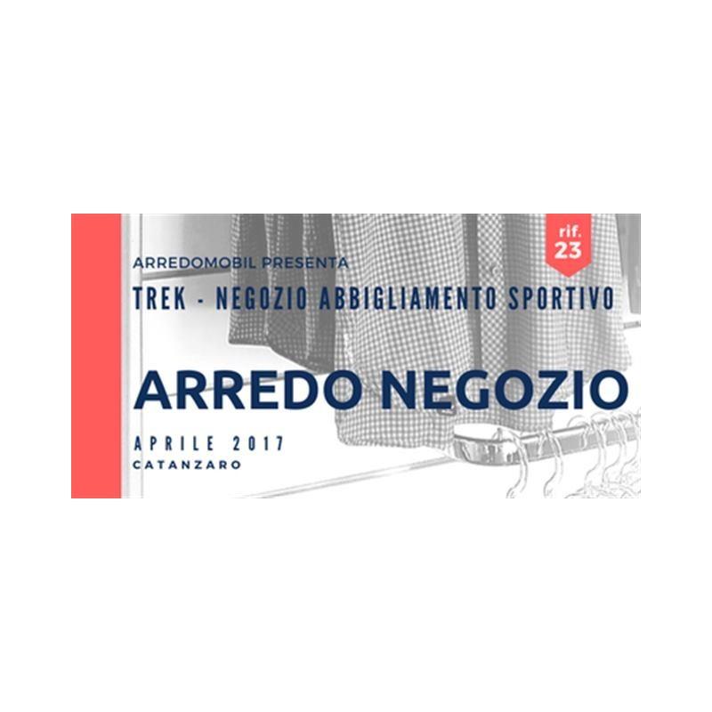 ARREDO NEGOZIO - Trek abbigliamento sportivo per il trekking - CZ